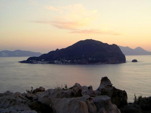 Isola Basiluzzo di Panarea