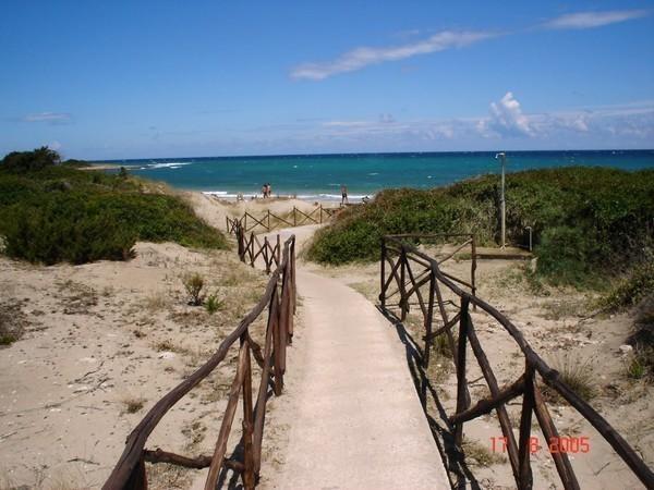 Quarto Di Monte.Quarto Di Monte Beach In Puglia Beachoo